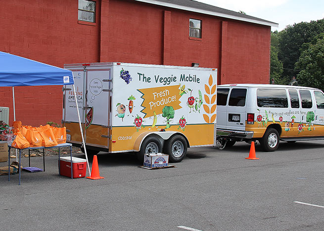 Veggie-Mobile-first-set-up-in-Shawsville